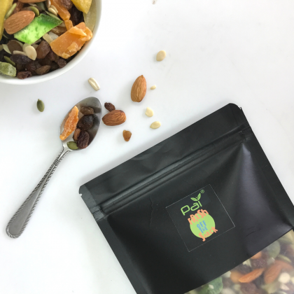 [Fresh off the Snack] Nut Trail Mix 120g with Nut Trail Mix 40g Combo Deal - Premium Almond Pumpkin Sunflower Seeds Dried Fruit Raisin Mix / No MSG / No Preservative / Roast Daily / Delicious / Freshness Guaranteed / Healthy Snack 120G